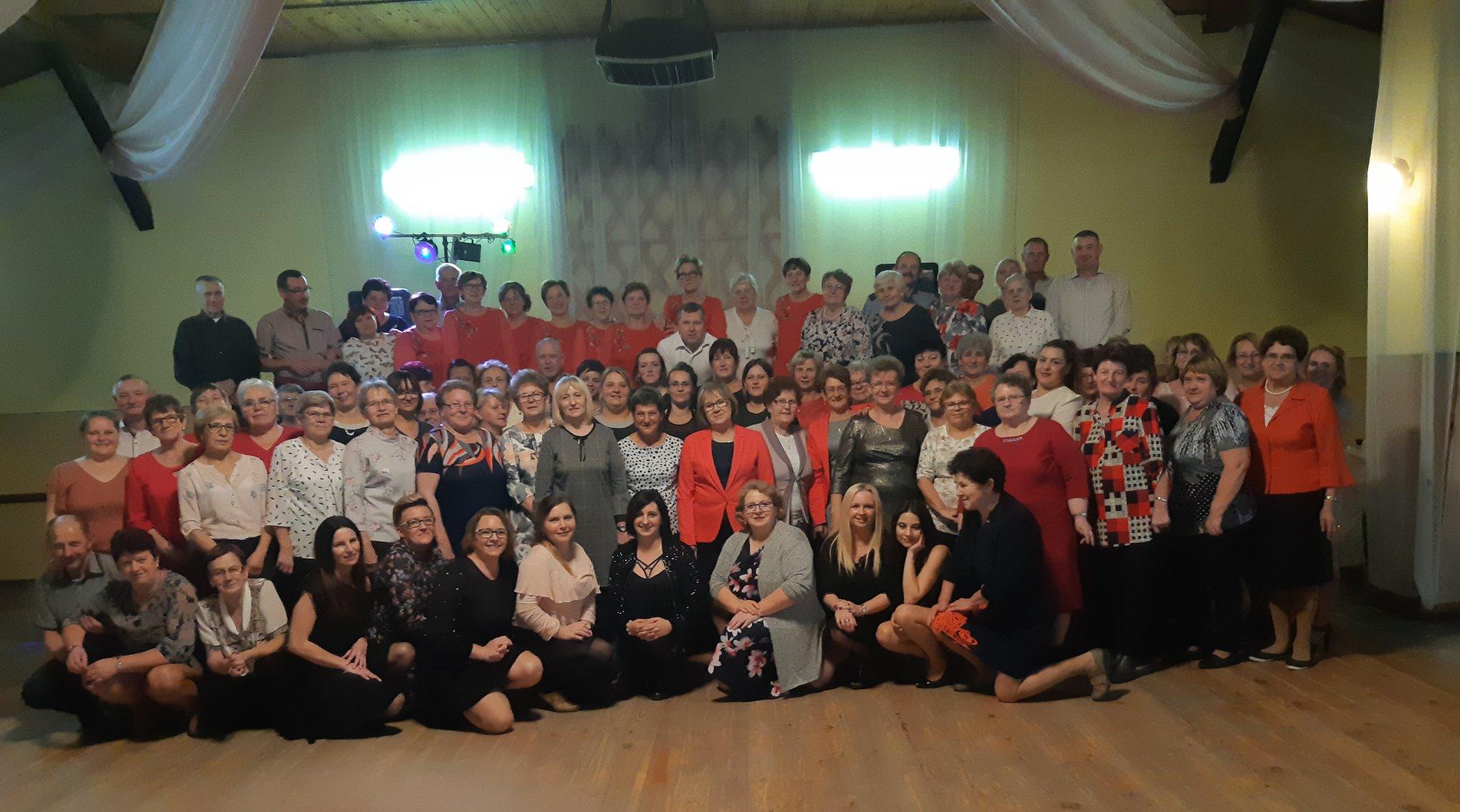 Ilustracja do informacji: Spotkanie andrzejkowe w Sampławie