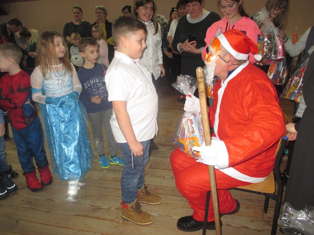 Ilustracja do informacji: Zabawa choinkowa w Szczepankowie