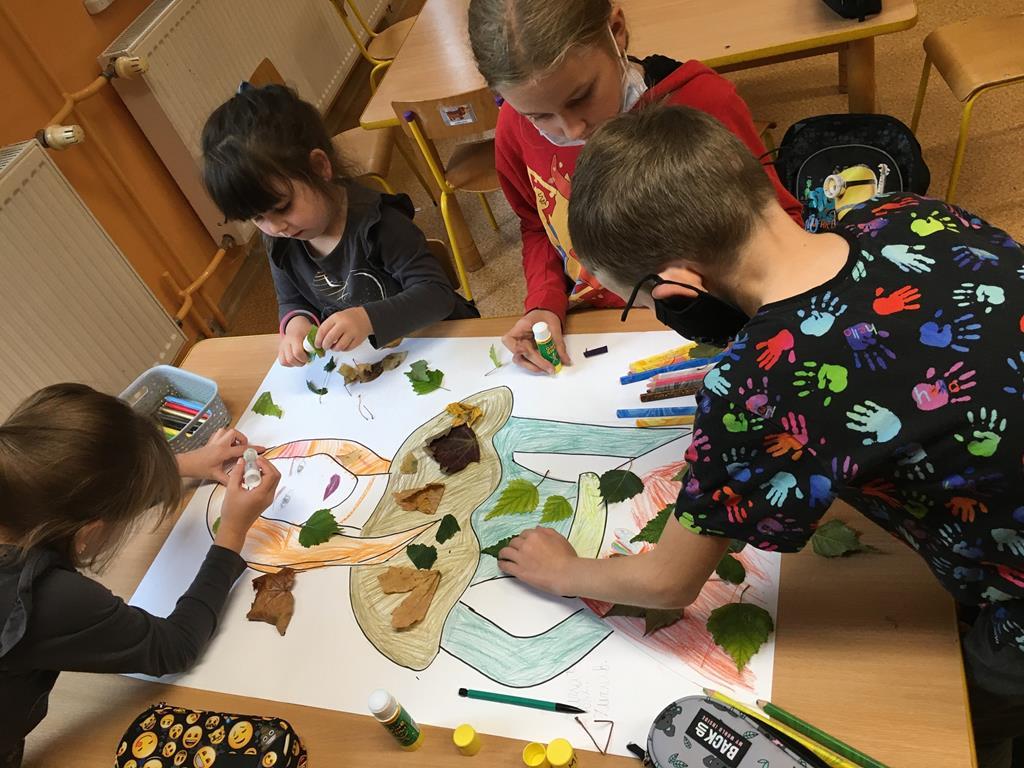 Ilustracja do informacji: Wrześniowe zajęcia w Sampławie