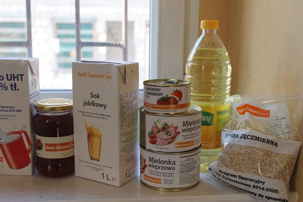Ilustracja do informacji: Odbiór żywności w ramach PO Pomoc Żywnościowa
